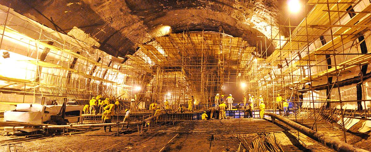 Tunnels & Underground Spaces